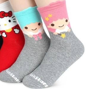 Mismatched Little Twin Stars Kiki and Lala socks